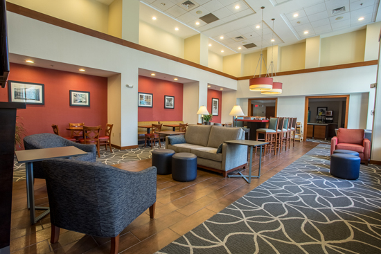 A short walk to the Tanger Outlets, guests will find comfortable accomodations at the Hampton Inn.